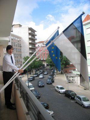 Ambassador Mart Tarmak on the Embassy´s balcony. Photo: Archives of the Embassy