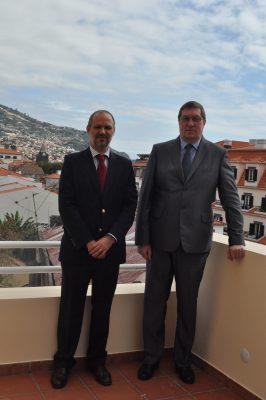 Suursaadik Andres Rundu ja Eesti aukonsul Funchalis, Fernando Faria de Catanho. Foto: saatkonna arhiiv